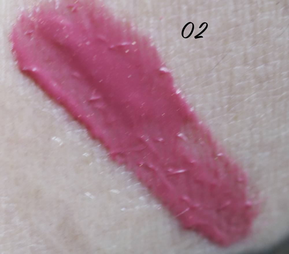 swatch Eveline 02 Candy Pink Glow and Go