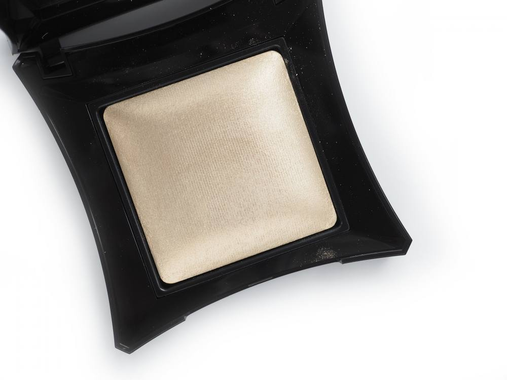 Illamasqua OMG Beyond Powder