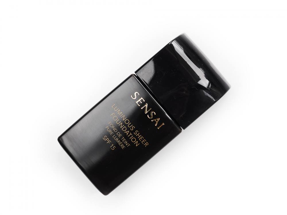 Sensai Luminous Sheer Foundation