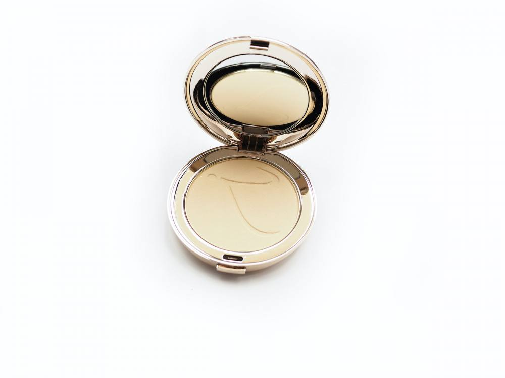 Jane Iridale PurePressed Base Mineral Foundation SPF 20
