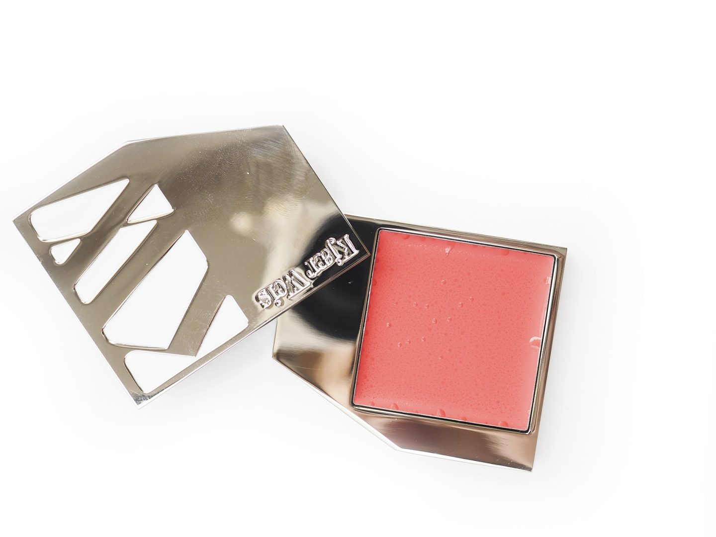 Swatch Kjaer Weis Cream Blush Above And Beyond