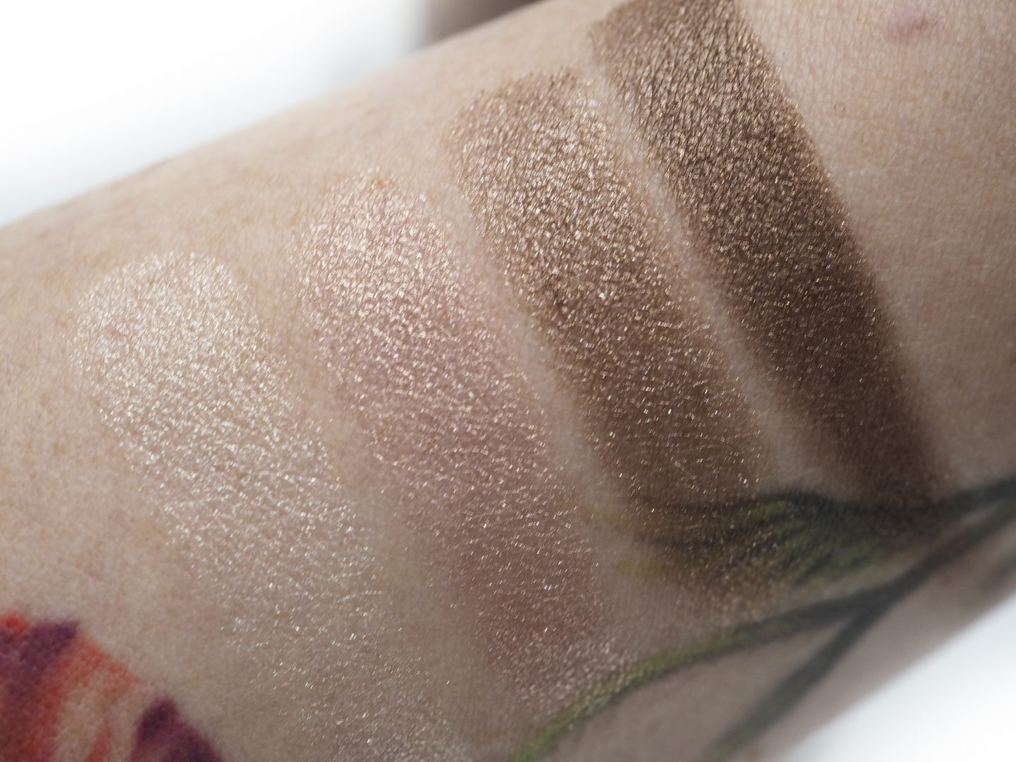 Swatches Tom Ford First Frost