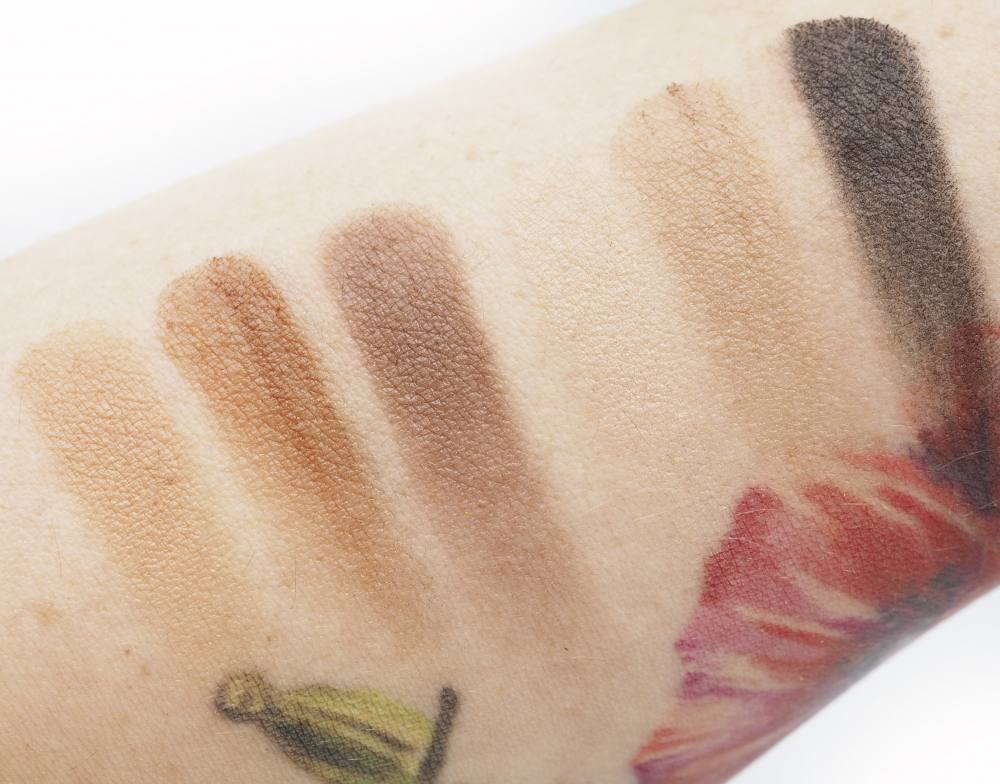 Swatches Charlotte Tilbury The Super Nudes